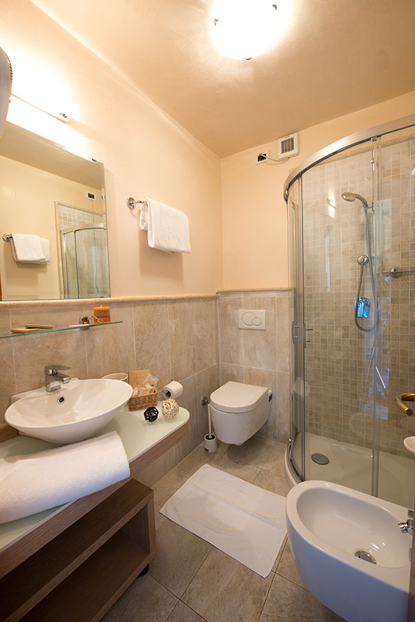 Hotel a marina di pietrasanta hotel nuova sabrina - Bagno lucia marina di pietrasanta ...